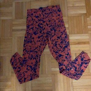 Lululemon high rise floral 7/8 leggings size 4